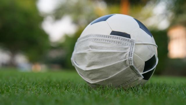 Türk futbolu da salgından nasibini aldı
