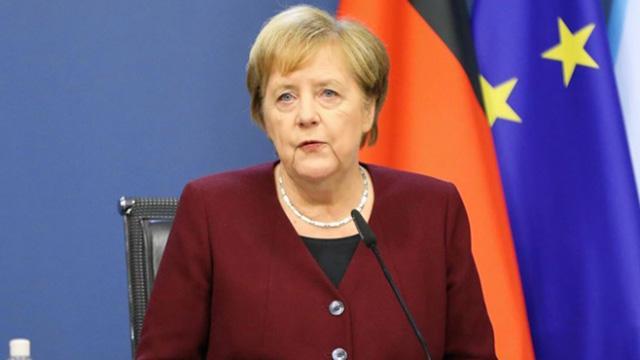 Almanya Başbakanı Merkel'den 'dijitalleşme' uyarısı