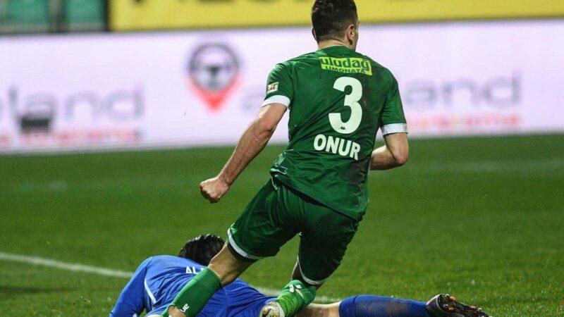 TRT Spor'dan Bursaspor yorumu; Kaçacak pozisyon değil, kesin penaltı…