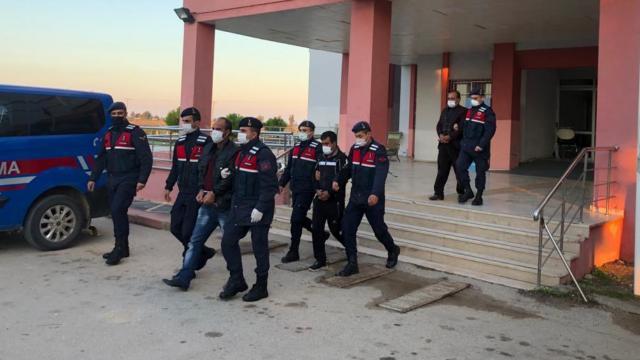 2 ilde terör örgütü PKK operasyonu: 5 gözaltı