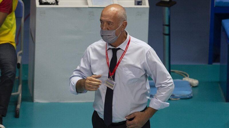 İspanya'da rahatsızlanan başantrenör Nedim Özbey ambulans uçakla Türkiye'ye getirilecek