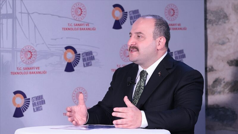 Bakan duyurdu! Dev şirketler Türkiye'de üretim yapacak