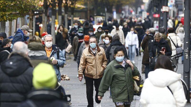 Almanya'da koronavirüs ölümlerinde rekor artış