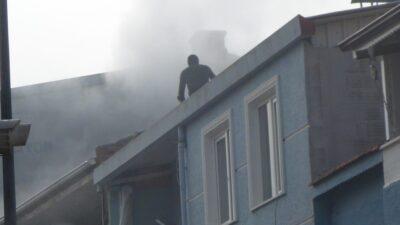 Bursa'da yangın paniği! Sokağa koştular…