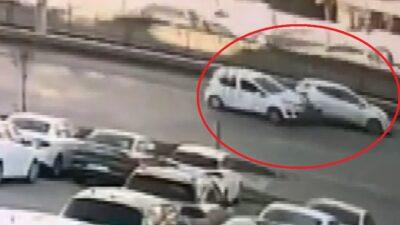 Yer: Bursa… Yola atlayan kedinin neden olduğu zincirleme kaza kamerada