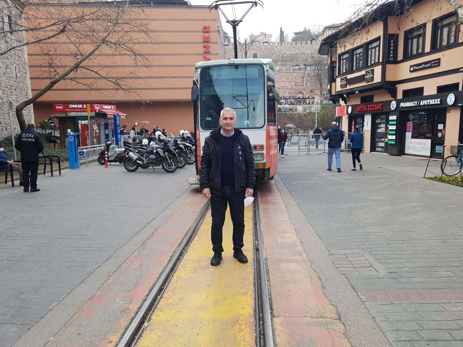 Esnaf istedi, 8 muhtar dilekçe verdi, tramvay geri döndü: Herkes mutlu!