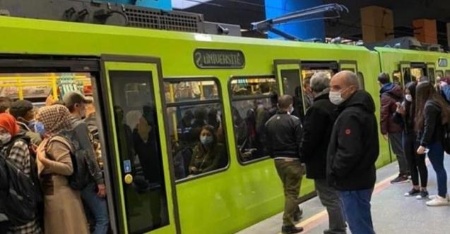 Kalabalık görüntüler tedirgin etti, toplu taşıma yolcularını kaybetti!