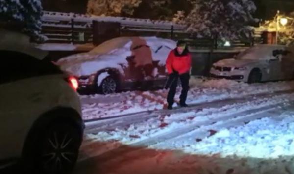 Yer: Bursa… Aracın arkasına bağladığı iple snowboard yaptı