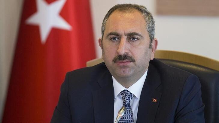 Adalet Bakanı Gül'den 'darbe çağrışımı' tepkisi