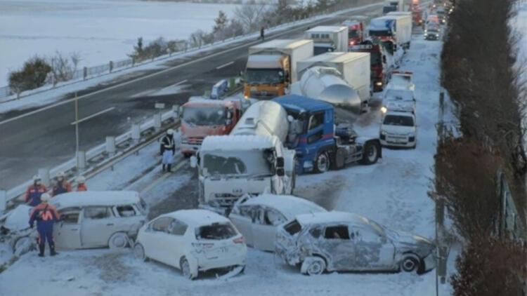 130 araç birbirine girdi! Kaza sonrası gelen ilk görüntüler korku filmini andırıyor