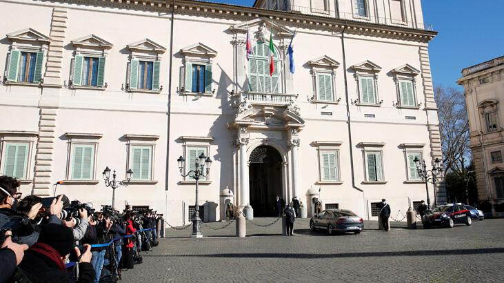 Beklenen oldu, İtalya Başbakanı Conte istifa etti