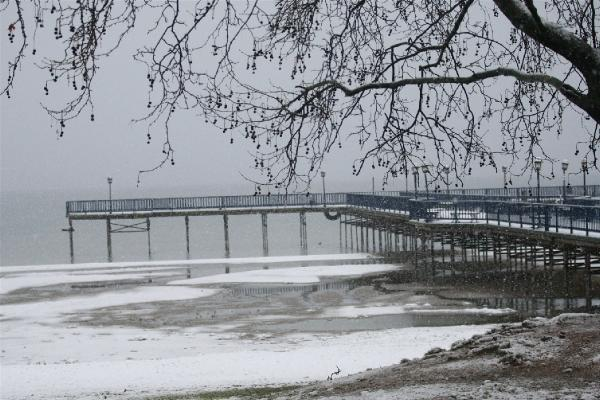 Kar yağışı İznik Gölü'ne cansuyu oldu