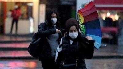 Bursa'da lodos ve yağmur zor anlar yaşattı
