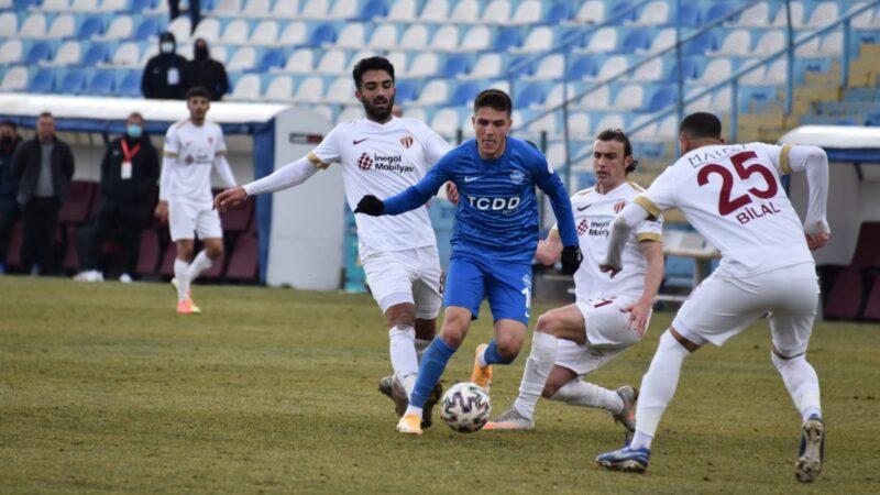 2.Lig'deki Bursa ekibi Ankara'dan puanla dönüyor!