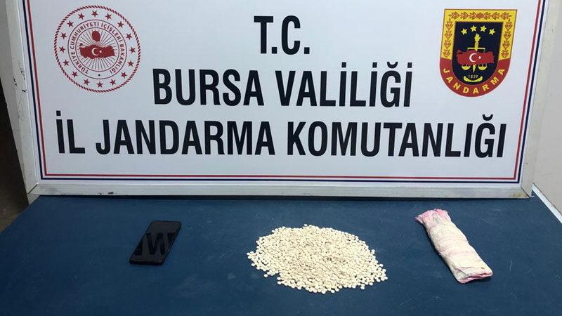 Bursa'da şok operasyon! Kırlentin içine gizlemişler…