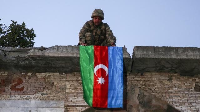 Azerbaycan'ın Karabağ'da verdiği şehit sayısı 2 bin 841 oldu