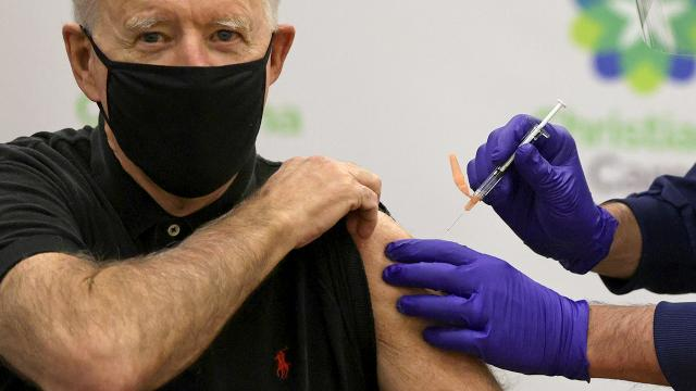 Biden, Kovid-19 aşısının 2. dozunu yaptırdı