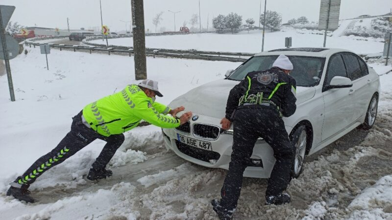 Bursa'da kar esareti