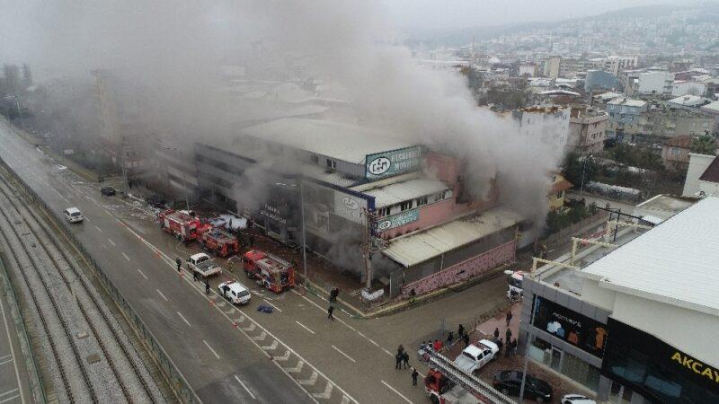 Bursa'da korkutan yangın! Böyle görüntülendi