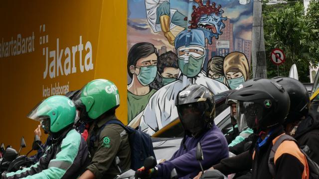Endonezya'da koronavirüs önlemleri artırılıyor