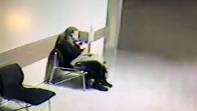 Genç kadın, sevgilisinden gelen haber sonrası hastanede kalbine sıktı