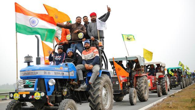 Hindistan'da tartışmalı tarım reformu askıya alındı