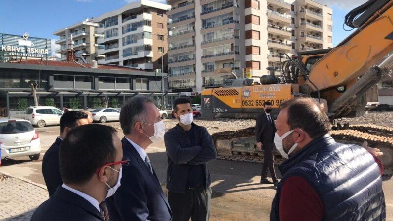 İnegöl Belediye Başkanı Alper Taban, İzmir depremi sonrası çalışmaları yerinde inceledi