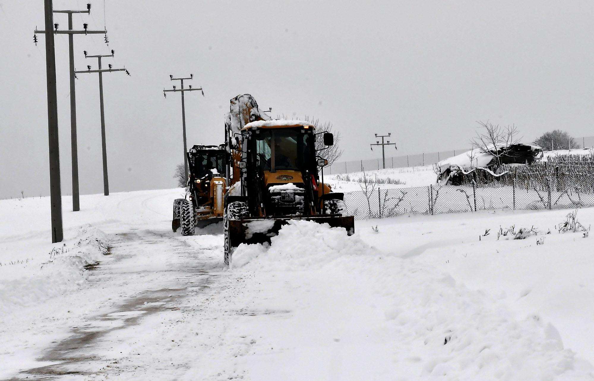 Osmangazi'de karla mücadele başladı