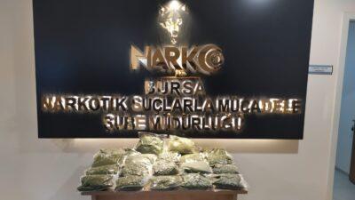 Bursa'da narkotik ekipleri 15 kilo uyuşturucu ele geçirdi