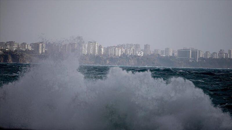 Meteoroloji'den 10 il için kuvvetli yağış ve fırtına uyarısı
