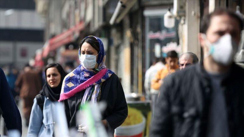 İran'da 102 kişi daha Kovid-19'dan hayatını kaybetti