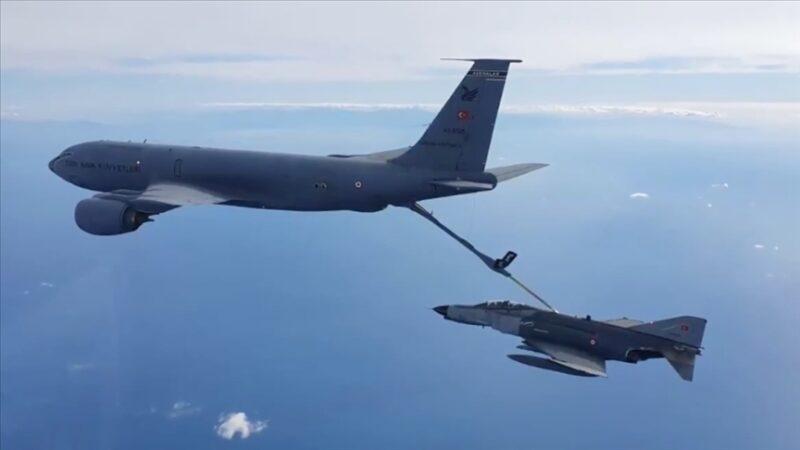 Hava Kuvvetleri'ne ait uçaklar Doğu Akdeniz'de eğitim uçuşu yaptı