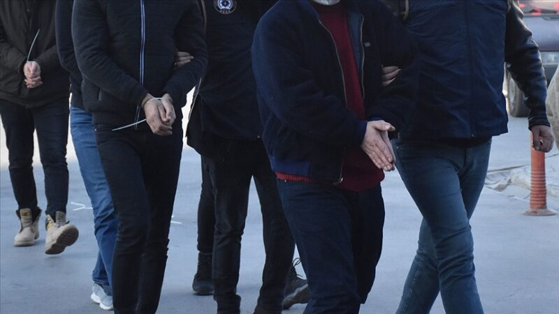 Bursa dahil 12 ilde FETÖ operasyonu: 21 gözaltı