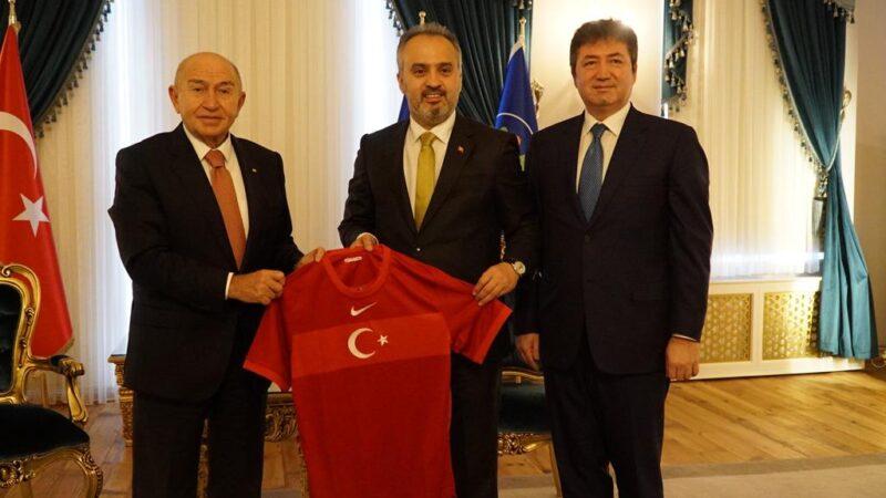TFF Başkanı Özdemir OLAY'da açıkladı! Seyircili maçlar ne zaman başlayacak?