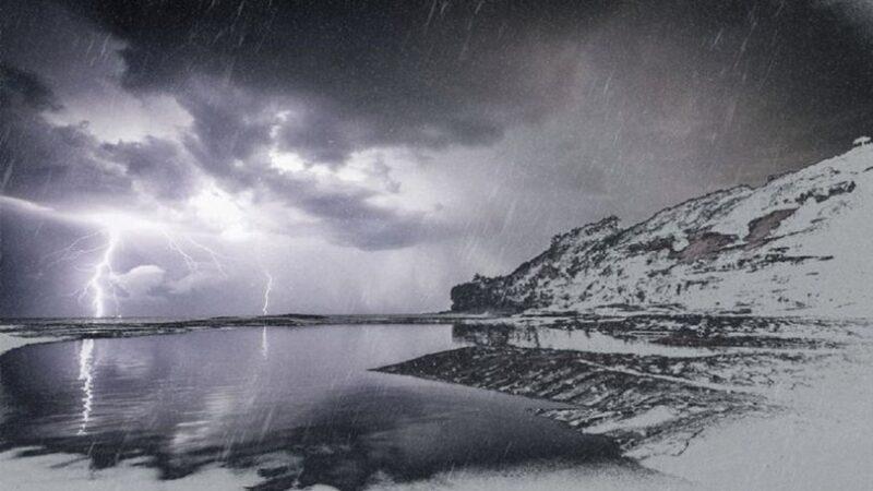 Pek çok kişi merak ediyor: Kar yağarken neden gök gürledi?