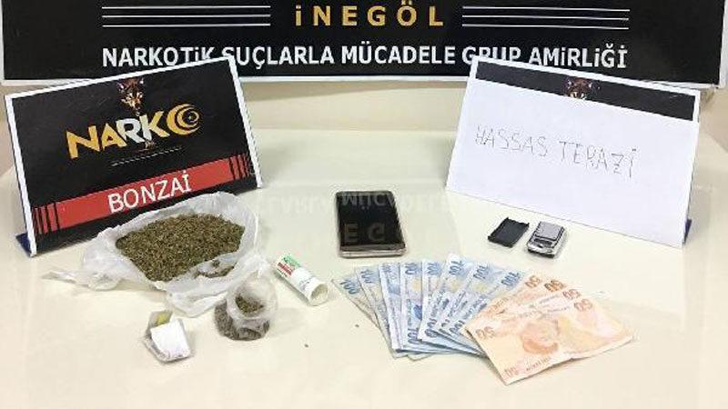 Bursa'da durdurulan araçlardan uyuşturucu çıktı