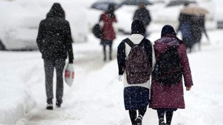 İstanbul Valisi Yerlikaya'dan kar tatili açıklaması