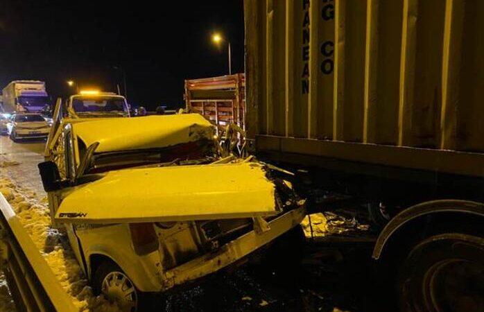 Zincirleme kaza! 15 araç birbirine girdi