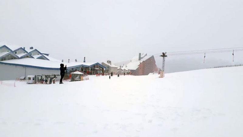 Uludağ'da kar yağışı başladı