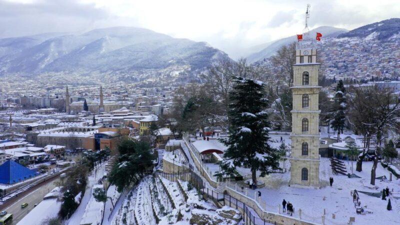 Beyaz gelinlik Bursa'ya çok yakıştı! Muhteşem görüntüler…
