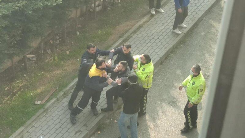 Bursa'dan akıl almaz görüntüler! Polise saldırı…