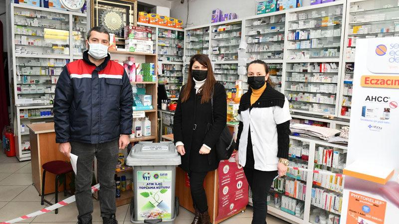 Mustafakemalpaşa'da atık ilaç toplama kampanyası