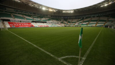 Bursa'da stadyum temizlendi…