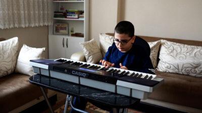 Yıldırım Müzik Akademisi Yasir'e ışık oldu