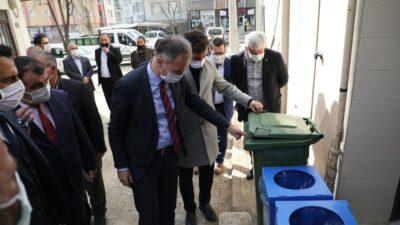 Çöp konteynırı dağıtımları devam ediyor