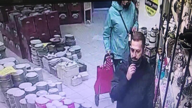 Hırsızlık anı anbean kameralarda