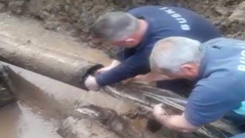 Yer: Bursa… İçme suyu borusundan çıkanlar şaşırttı