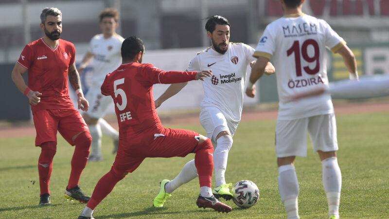 2.Lig'deki Bursa ekibi 90'da geri döndü!