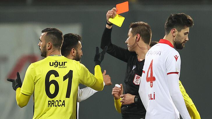 1.Lig maçında kural hatası şoku!