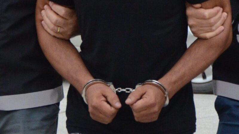 Yasadışı sigara ve tütün sattığı iddia edilen 5 kişi gözaltına alındı